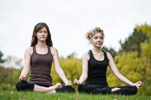 meditating girls